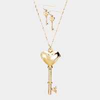 Metal Heart Locket Key Pendant Long Necklace