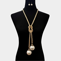 Crystal Embellished Bold Pearl Chain Necklace