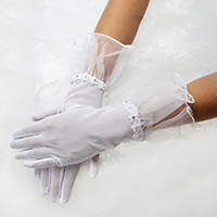 Short Wedding Gloves With Pearl Floral Lace