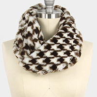 HOUNDSTOOTH PRINT FUR TUBE SCARF