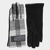 Plaid Smart Gloves