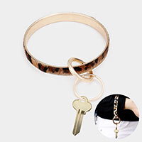 Leopard Faux Fur Metal Key Ring /Bracelet