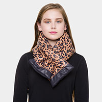 Leopard Cotton-filled Pull-through Scarf
