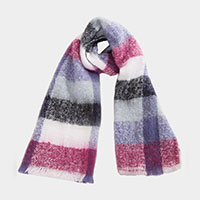 Plaid Pattern Soft Oblong Scalloped Hem Scarf