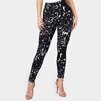 Black and White Leopard Print Leggings