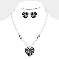 Rhinestone Pave Sprout Pattern Enamel Heart Pendant Necklace
