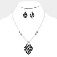 Rhinestone Pave Sprout Pattern Enamel Pendant Necklace