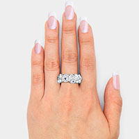 Crystal Accented Stretch Ring
