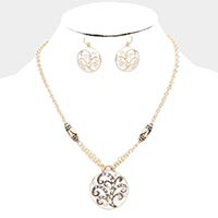 Rhinestone Pave Sprout Pattern Enamel Round Pendant Necklace