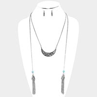 Chain Tassel Patterned Burnished Metal Necklace