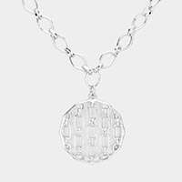 Cut out Metal Pendant Open Circle Link Necklace