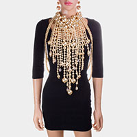Oversized Draped Pearl Necklace