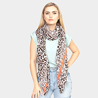 Line Leopard Scarf