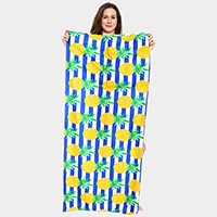 Pineapple Pattern Beach Towel and Drawstring Bag