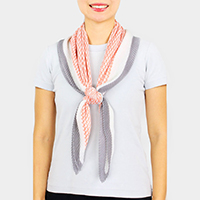 Houndstooth Print Pleated Scarf